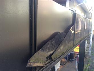 カーポートの屋根材が割れる