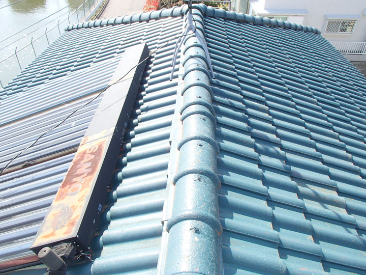 清瀬市中里でセメント瓦屋根のメンテナンスは塗装と葺き替え、どちらが正解か