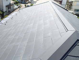 日野市日野台 屋根カバー工法を行う屋根の状況