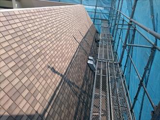 斜壁部分は屋根と同じ考え方をします
