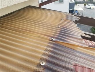 昭島市緑町で台風で飛んでしまったバルコニーの波板をポリカーボネートへ張り替えます