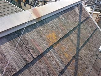 多摩市聖ヶ丘で劣化した急勾配のスレート屋根を葺き替えて新しいものに