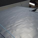 府中市浅間町でスレート屋根から金属屋根(横暖ルーフ)への屋根カバー工法