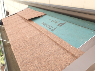 調布市緑ケ丘 屋根葺き替え工事 屋根材メリッサを使用