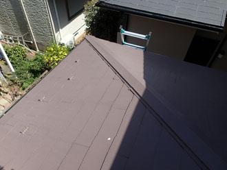 棟板金交換前のスレート屋根