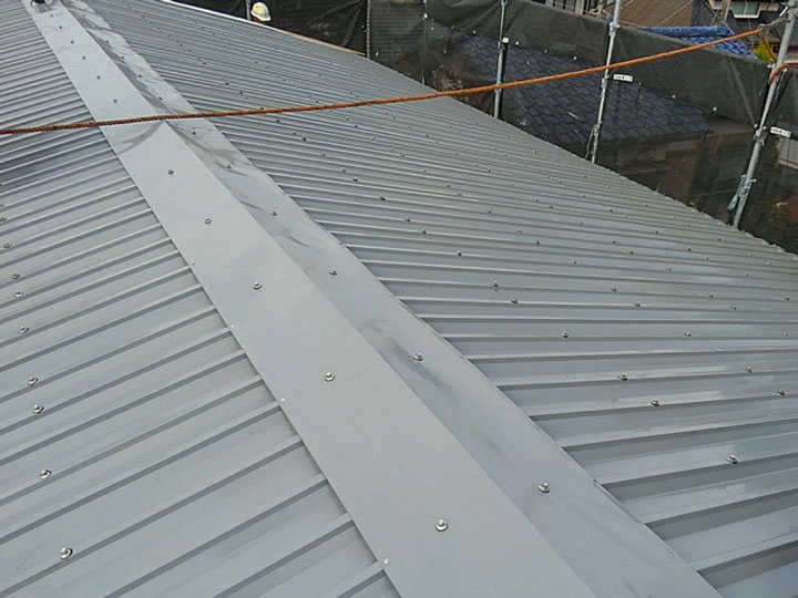 屋根カバー工法、完工