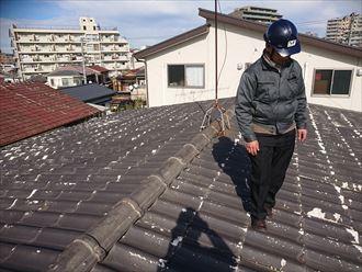 板橋区弥生町で屋根から降ってきていたものはセキスイかわらUの破片でした