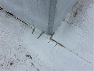 防水層のひび割れ