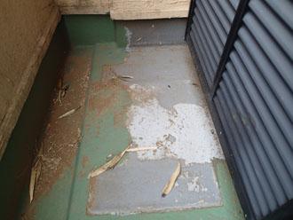 清瀬市下清戸で雨漏り調査の結果、原因はバルコニーと判明