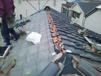 豊島区長崎で台風で崩れた和瓦の棟の取り直し工事を行いました