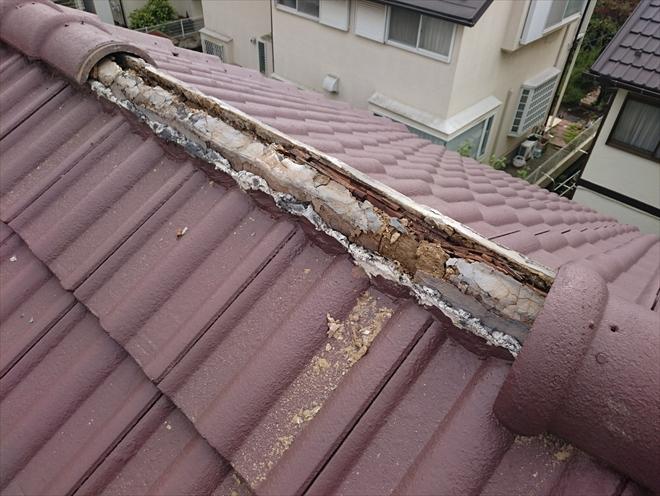 崩れてしまったら他の屋根材へ葺き替えます