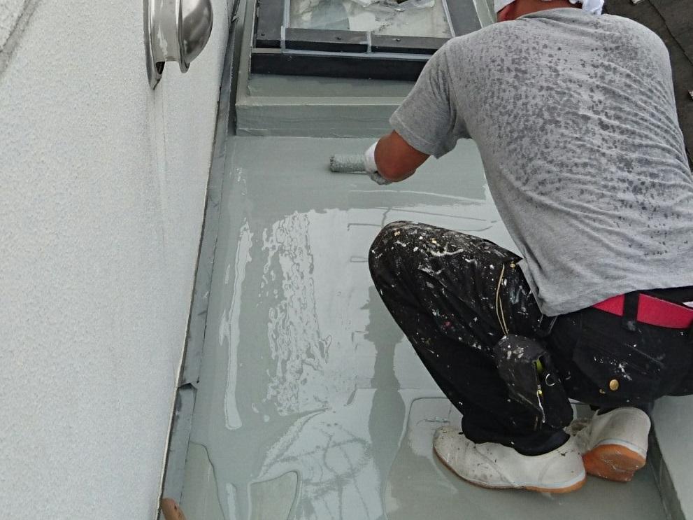 ウレタン防水トップコート塗布