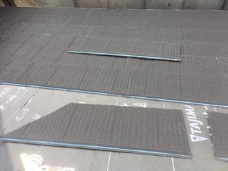 日野市新町 屋根葺き替え工事 屋根材(エコグラーニ)取り付け