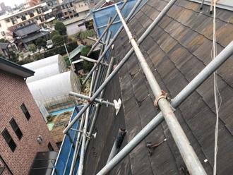 屋根足場も設置