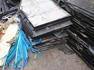 小平市回田町で雨漏りしているスレート屋根を金属屋根へ葺き替えます