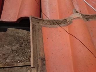 中野区南台で瓦は問題無いが下地に傷みが出ている屋根を葺き替え工事で直します