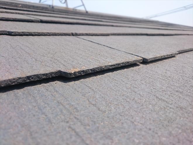 反りが酷くなったスレート屋根