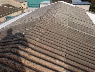 大波スレート葺きの屋根材