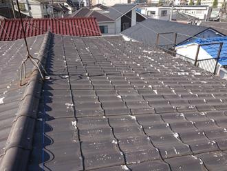 屋根にセキスイかわらUを使用