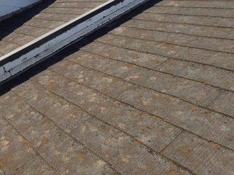 撥水性の落ちたスレート屋根