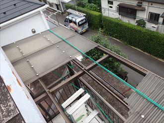 屋根から見たポリカ屋根