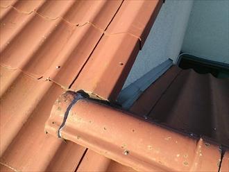 屋根が入り組んだ部分も雨漏りの原因になっていました