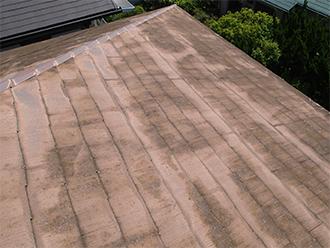 劣化の激しいスレート屋根