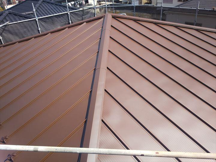 足立区東和で行った稲垣商事のスタンビー455で葺き替えた屋根葺き替え工事が完了しました