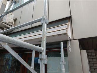 防水シートと垂木の設置