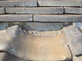 漆喰の状況とコーキング補修跡