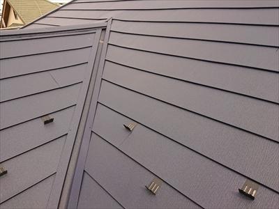 スーパーガルテクトで屋根カバーしました