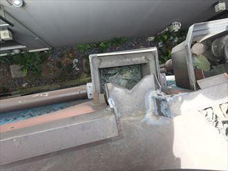 ゴミの詰まった集水器