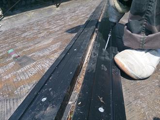 木の替りに樹脂製のタフモックを使用します