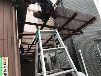 新規のポリカ波板の設置