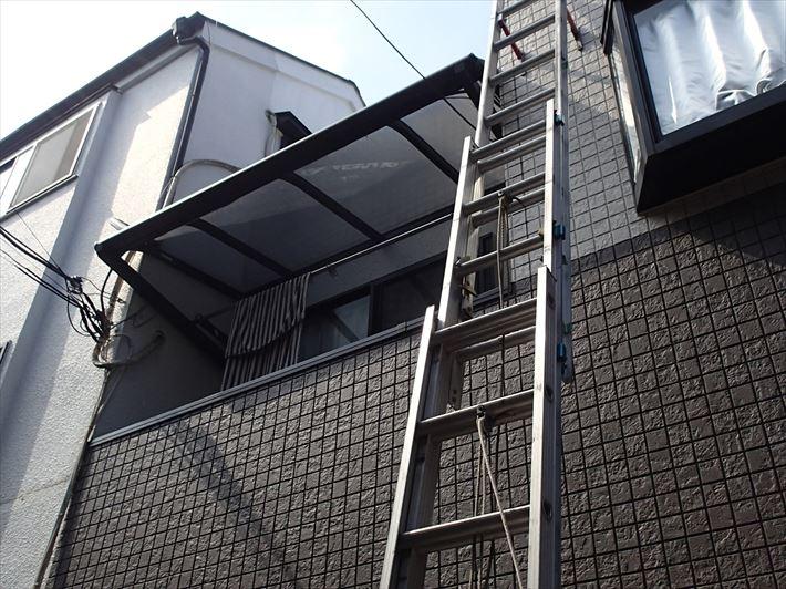 ベランダ屋根雨樋点検