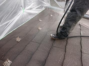 杉並区善福寺でスレート屋根を塗装工事でメンテナンスします