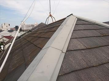 3階建ての屋根は下から確認出来ません