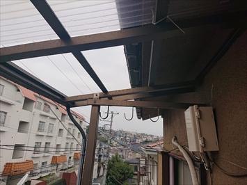 台風19号では波板が飛ばされています