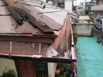 被害を受けたのは1階の屋根です