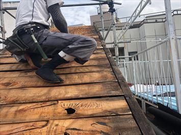 残りの屋根材を撤去