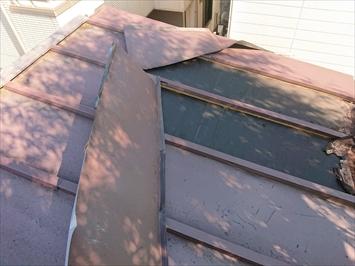 台風の被害を受けたのは瓦棒葺き屋根です