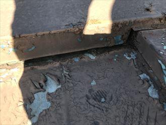 屋根表面の剥離