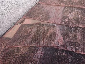 中野区新井で台風の強風で割れたスレート屋根火災保険で直します
