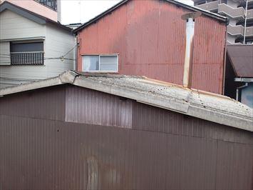 割れやすい小波スレート屋根