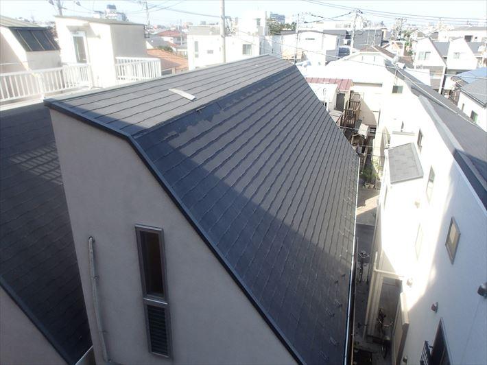 豊島区長崎で台風で飛んだコロニアル屋根の補修工事を行いました
