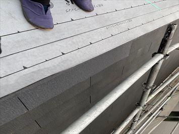 コロニアル屋根破損部修正