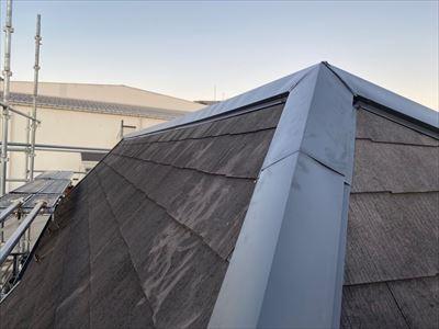 変形屋根の棟板金交換