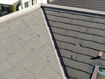 三鷹市牟礼でコロニアルNEOが葺いてある屋根をカバー工事でメンテナンス