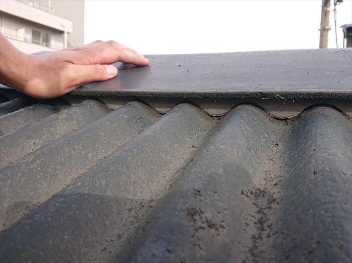面戸が密着する事で雨水の浸入を防ぎます