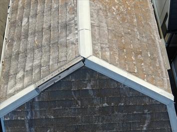 目黒区下目黒で台風被害を受けた棟板金、屋根が急勾配なのでドローンで点検しました